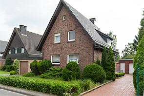 Sie suchen ein Einfamilienhaus mit großem Grundstück? - www.HUNDT.IM
