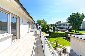 Wohnen in ruhiger Wohnlage mit großer Terrasse - www.HUNDT.IM