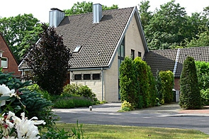 Freistehendes Einfamilienhaus in ruhiger Lage - www.HUNDT.IM