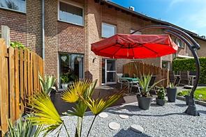 Ihr neues Eigenheim mit pflegeleichtem Garten - www.HUNDT.IM