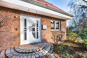 Modernes, freistehendes Einfamilienhaus in ruhiger Wohnlage! - www.HUNDT.IM