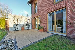 Ihr neues Zuhause mit Blick auf's Wasser!- www.HUNDT.IM