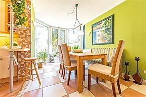 Top gepflegtes Zweifamilienhaus mit Gartenparadies! - www.HUNDT.IM