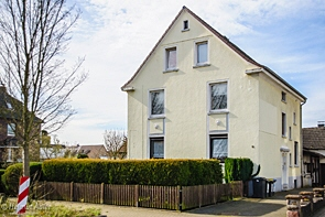 Top gepflegtes Dreifamilienhaus in schöner Umgebung - www.HUNDT.IM