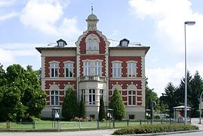 Verkaufs-, Büro- oder Praxisflächen im historischen Ambiente - www.HUNDT.IM