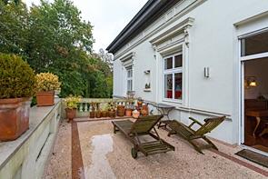 Altbauwohnung in einer Direktoren-Villa - www.HUNDT.IM