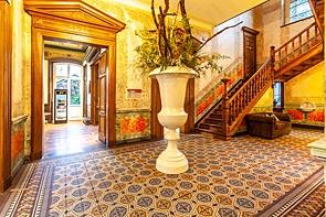 RESERVIERT! Repräsentative Villa im historischen Ambiente - www.HUNDT.IM