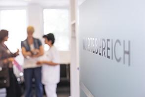 Modernisierte Praxisräume im Ärztehaus!