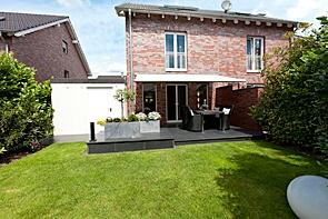 Moderne Neubau-Doppelhaushälfte in Top Lage - www.HUNDT.IM