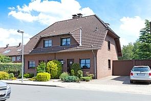 Doppelhaushälfte in ruhiger Wohnlage - www.HUNDT.IM