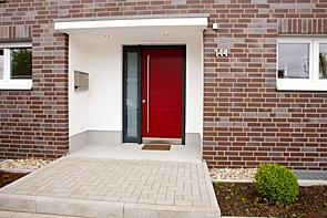 Exklusives Einfamilienhaus in beliebter Wohnlage - www.HUNDT.IM